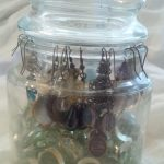 Jar Candle Earring Holder - Marvy Moms